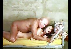 Creado para aquellos que aman el clasico porno español helado, frente a la webcam