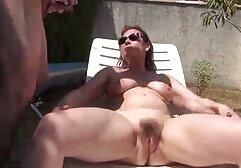 Mujer en Ecuador, pies, masturbándose delante de la cámara. taboo xxx clasico