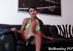 Lulu se entrena desnuda y muestra un cuerpo video pornos clasicos innato